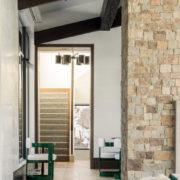 Hallway & Foyer